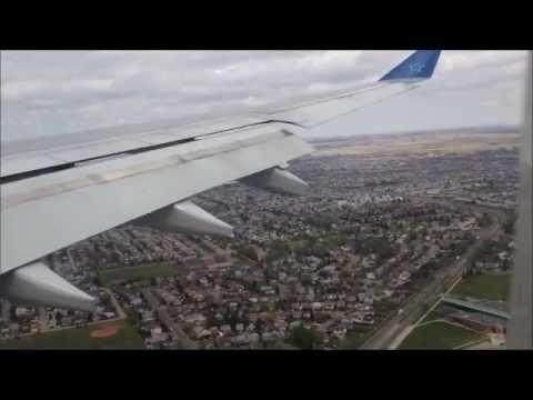 airbus a330 landing at calgary cyyc air transat