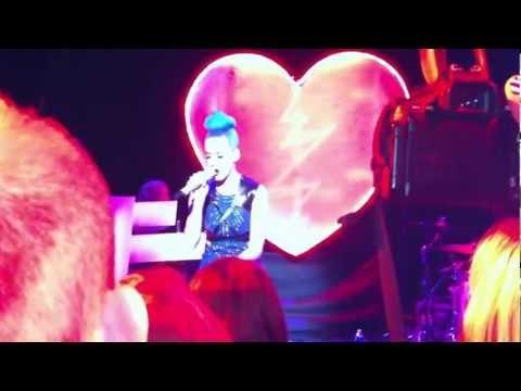 Katy Perry Private Paris Showcase - Niggas in Paris