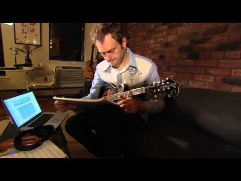 Mandolinist and Composer Chris Thile: 2012 MacArthur Fellow | MacArthur Foundation