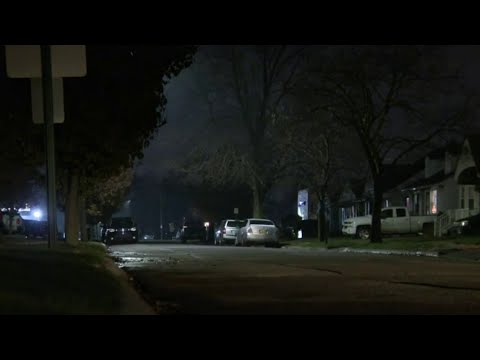 Police search for Melvindale home invasion suspect