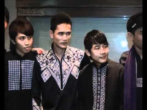 Sembilan Band: Selalu Dibayang-Bayang Charly ST12