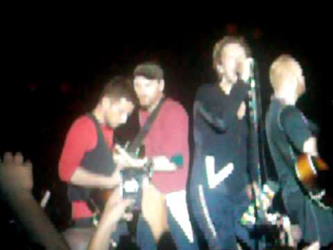 Billie Jean cover by Coldplay (from show in Saratoga Springs)