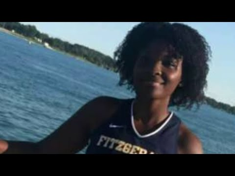 Teen fatally stabbed inside classroom at Fitzgerald High School in Warren