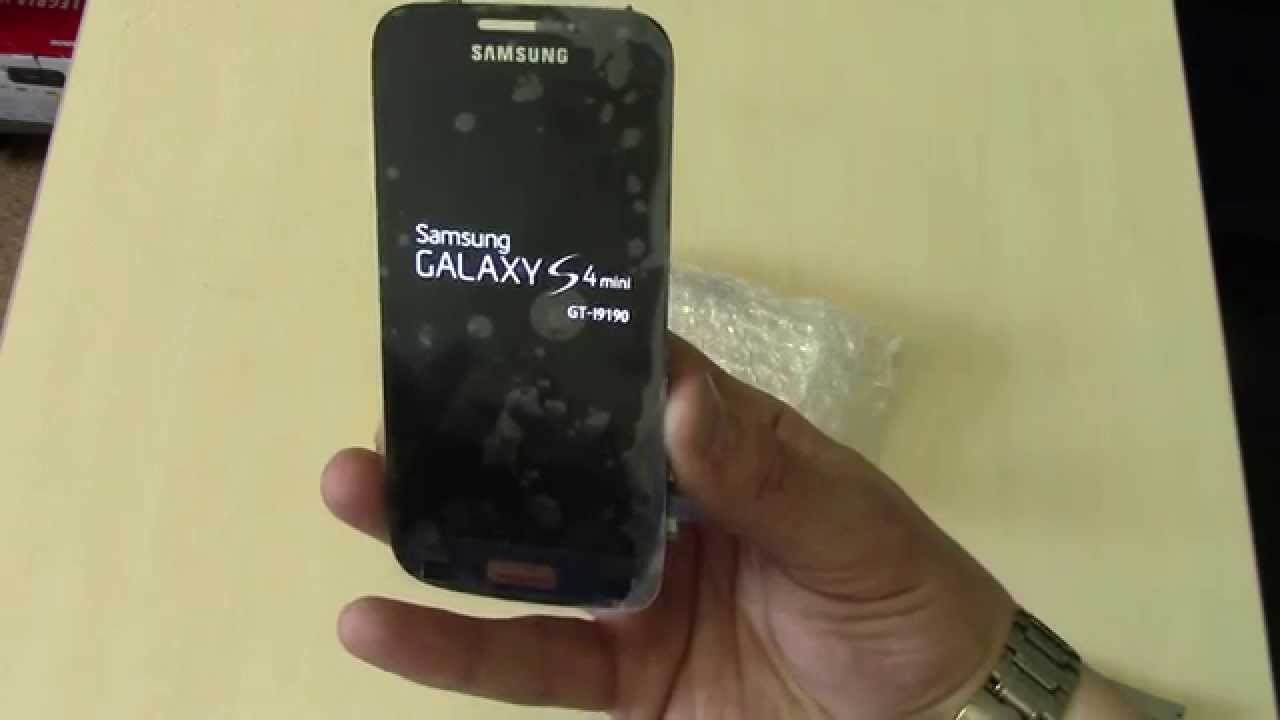 Tech Armor 4-Way Privacy Screen Protector Galaxy s4 - YouTube