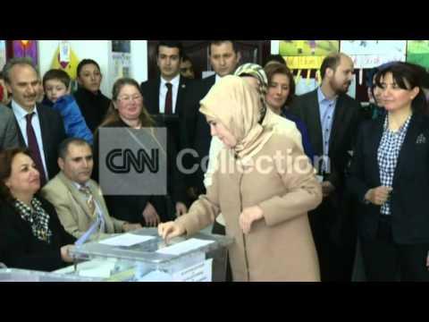 TURKEY: PM ERDOGAN AND WIFE VOTING (CLEAN)