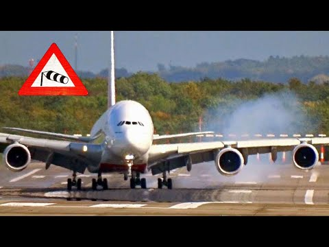 """Storm Xavier"" Dangerous A380 slinging and bumpy crosswind landing at Düsseldorf airport"
