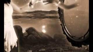 Aura Urziceanu - Aproape Liniste
