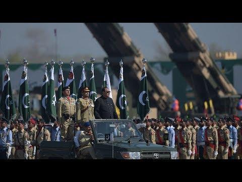 Pakistan celebrates Pakistan Day with military parade
