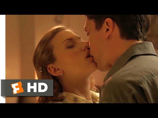 In Good Company (5/10) Movie CLIP - Dorm Room Seduction (2004) HD