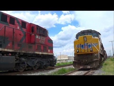 Ferromex vs Union Pacific Train Meets