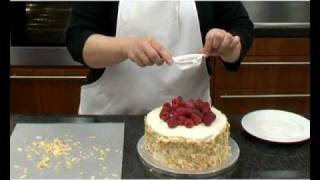 How To Make Raspberry And Almond Sponge