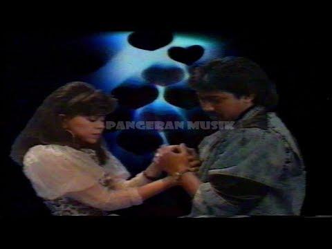 Free Download Ratih Purwasih - Hitam Putih Fotomu (original Music Video & Clear Sound) Mp3 dan Mp4