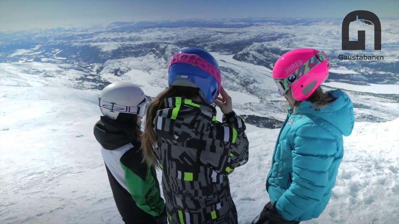 Skikjøring ned Telemarks høyeste fjell - disse 3 jentene tar turen!