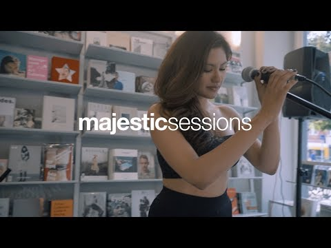 Flores - Undercover (prod. Maths Time Joy) | Majestic Sessions