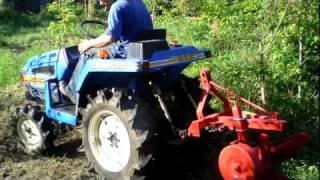 ISEKI TU 155F TRAKTOR mini ciągnik ogrodniczy pług do orania. www.traktorki.waw.pl