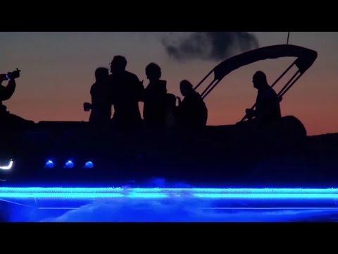 """What do women want?"" | Avalon Pontoon Boats 2017"