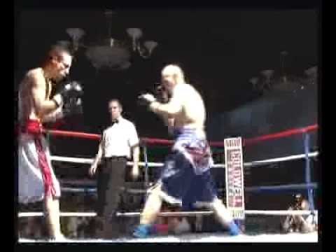 kevin hooper fights in grimsby part 1