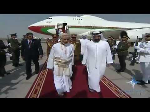 محمد بن راشد يستقبل سلطان عمان