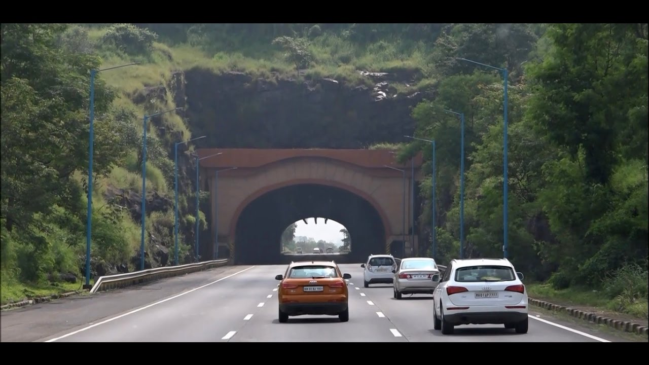 Outstanding Visuals Of Mumbai Pune Expressway Onboard Volvo Bus (Magnificient Tunnels, Greenery ...
