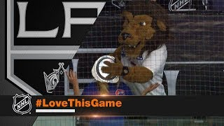 Kings mascot Bailey pies a Cubs fan in face after Justin Turners game winning homerun