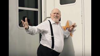 Tide Super Bowl Commercial 2018 David Harbour & Terry Bradshaw
