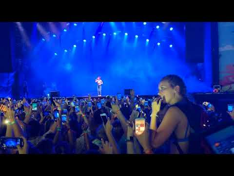 Halsey - Closer @ Hangout Fest 2018