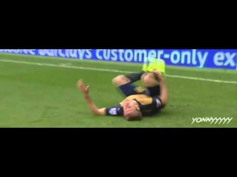 Mark Clattenburg WOEFUL refereeing performance (Arsenal vs Everton)