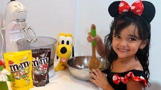 GINGERBREAD Biscoitos de Natal com M&M's com Bia Lobo