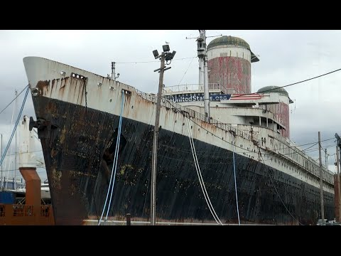 World´s fastest Ocean Liner | S.S. UNITED STATES at Philadelphia | Lady in waiting