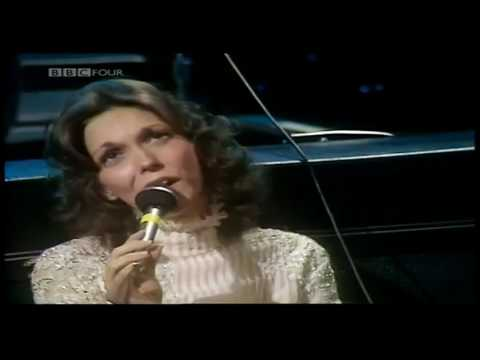Medley | Carpenters - at the New London Theatre (1976)