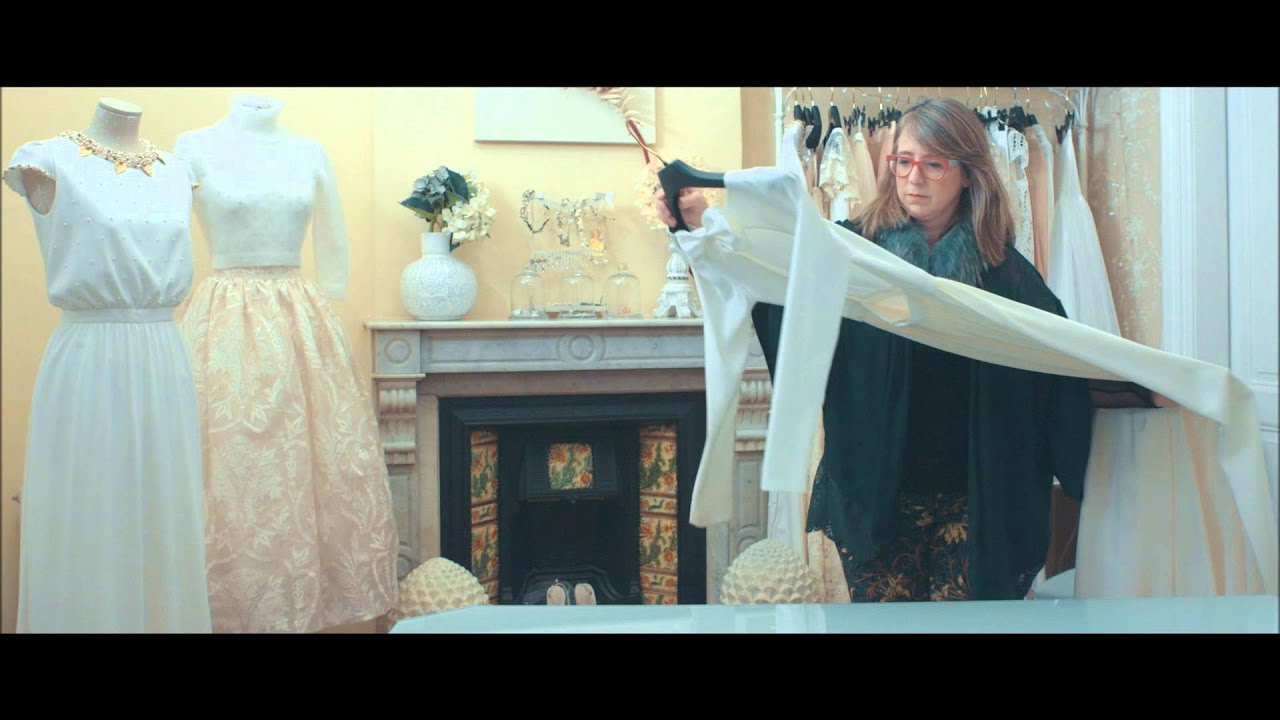 Cómo guardar tu vestido de novia - YouTube