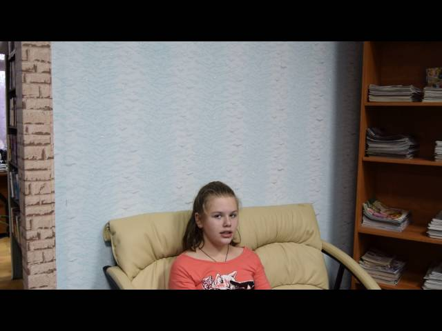 Изображение предпросмотра прочтения – АннаЛимонникова читает произведение «Хорошо одному у окна!..» В.Я.Брюсова