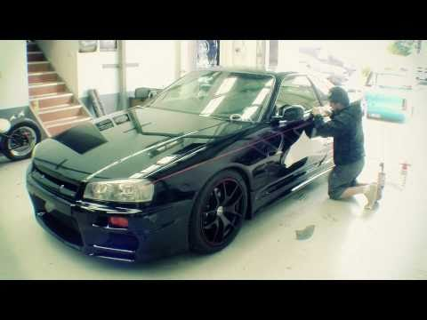 Thumbnail: Mighty Car Mods VS Canvas2Kickass R34 Skyline