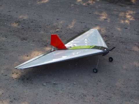 relacja z budowy modelu faqtdelta 2009 delta wing rc plane youtube. Black Bedroom Furniture Sets. Home Design Ideas