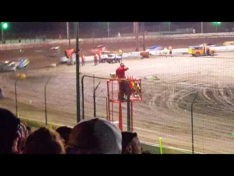 4 Bar Super Late Model feature from Sycamore 07-30-16