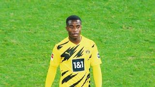 Youssoufa moukoko has 13 goals in 4 games! 2020/21