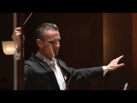 WALTON'S Symphony No 1   Alexander Shelley