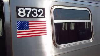 BMT Astoria Line: Coney Island bound R160B (N) Train at 30 Avenue