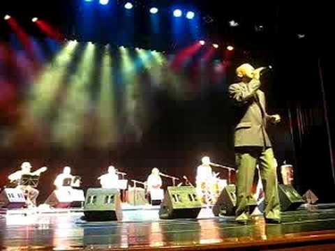Luiz Carlos da Vila canta Kizomba, festa da raça no Sesc