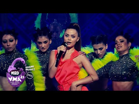 Download Stefania - Mucho Calor | MAD Video Music Awards 2021 από τη ΔΕΗ