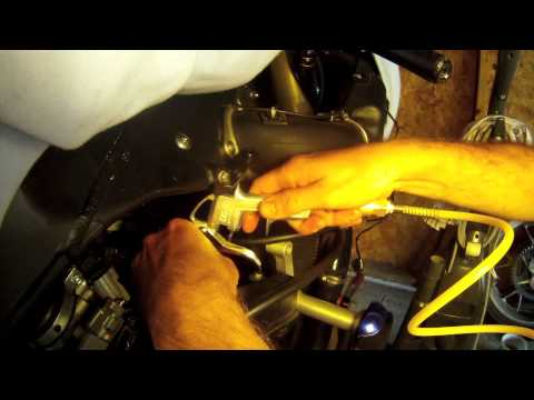 Cleaning Spark Plug Wells