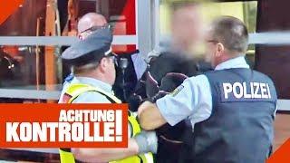 Schwarzfahrer eskaliert! Polizei legt Handschellen an! | Achtung Kontrolle | Kabel Eins