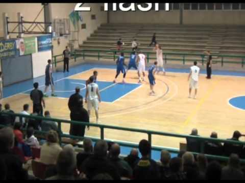 Thomas Sanders Pro Basketball Highlights