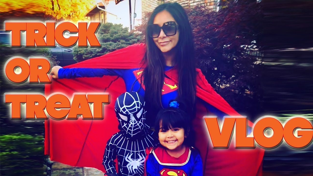 snooki's halloween | trick or treat with sissy and lorenzo - youtube