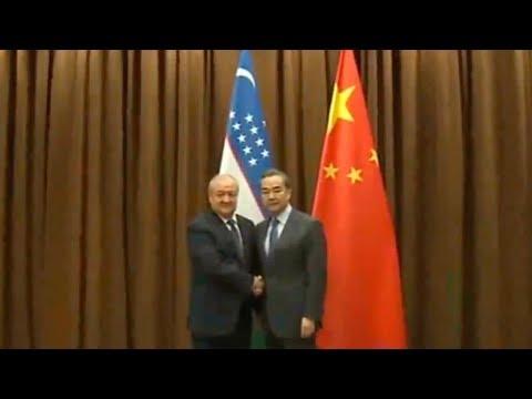 Chinese FM Wang Yi holds talks with Uzbekistani FM in Beijing