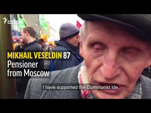 Russia's Communists Mark Centenary Of Bolshevik Revolution, Kremlin Plays It Down