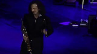 Kenny G live Moscow – Circular Breathing mini lesson.