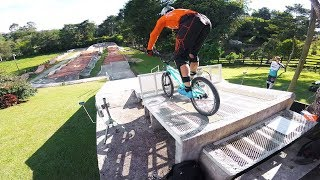 Riding Bikes in Colombia // MEDELLIN