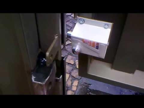 Fechadura magnetica para portao eletronico basculante for Basculante youtube
