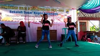 SDN Kutamanis Goyang Nasi Padang